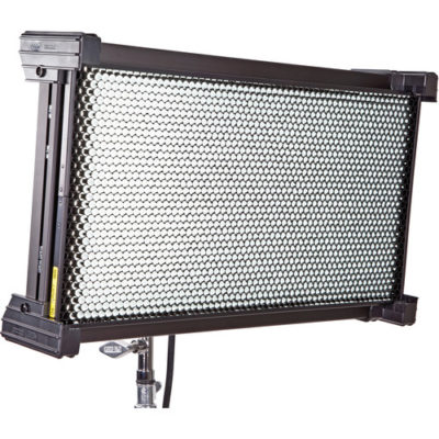 Celeb 250 LED DMX Center Mount, Univ 120U